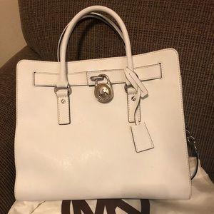 Excellent Cond white Michael Kors Hamilton Bag